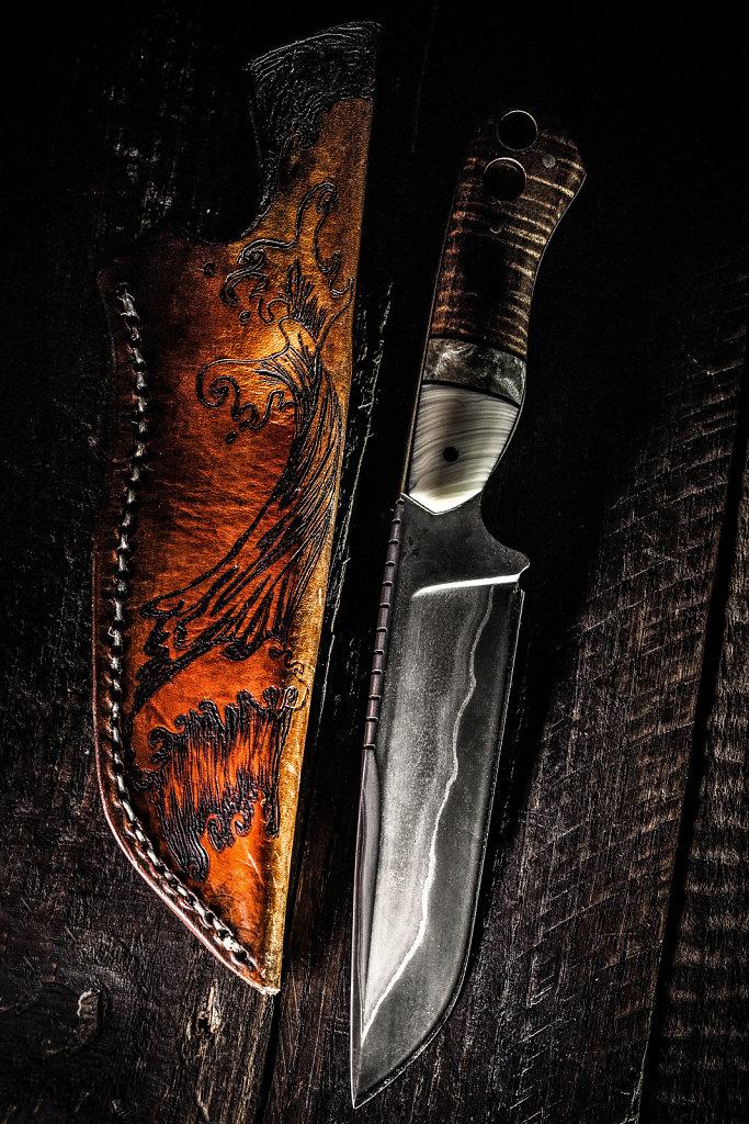 San Mai Ol' Rusty Hunting Knife